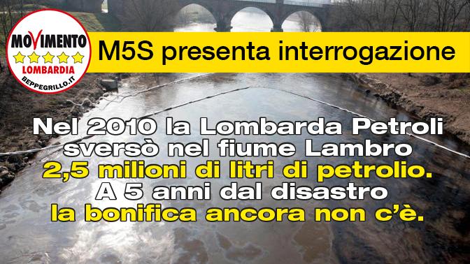 """Foto Holer/Omega """"Citazione obbligatoria"""".Orio Litta inquinamento del fiume Lambro, in seguito alla fuori uscita di petrolio dalla raffineria di Villasanta."""