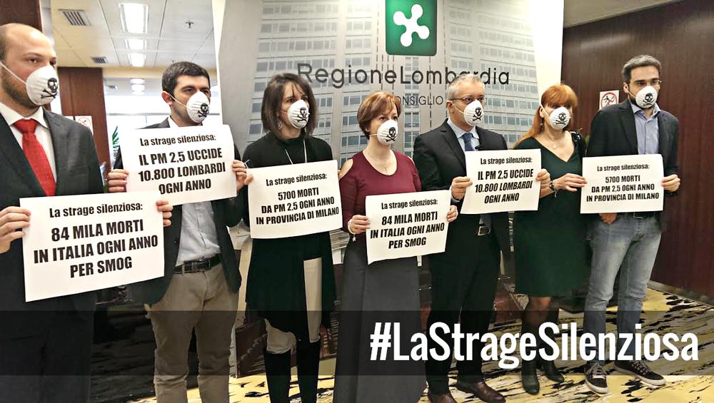 #LaStrageSilenziosa – Blitz M5S in aula con mascherine antismog per denunciare inerzia della Lombardia