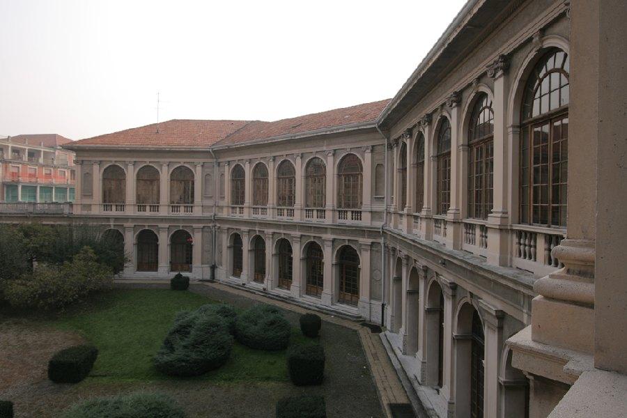 Garbagnate Milanese. M5S porta il caso del vecchio Ospedale Salvini in regione.