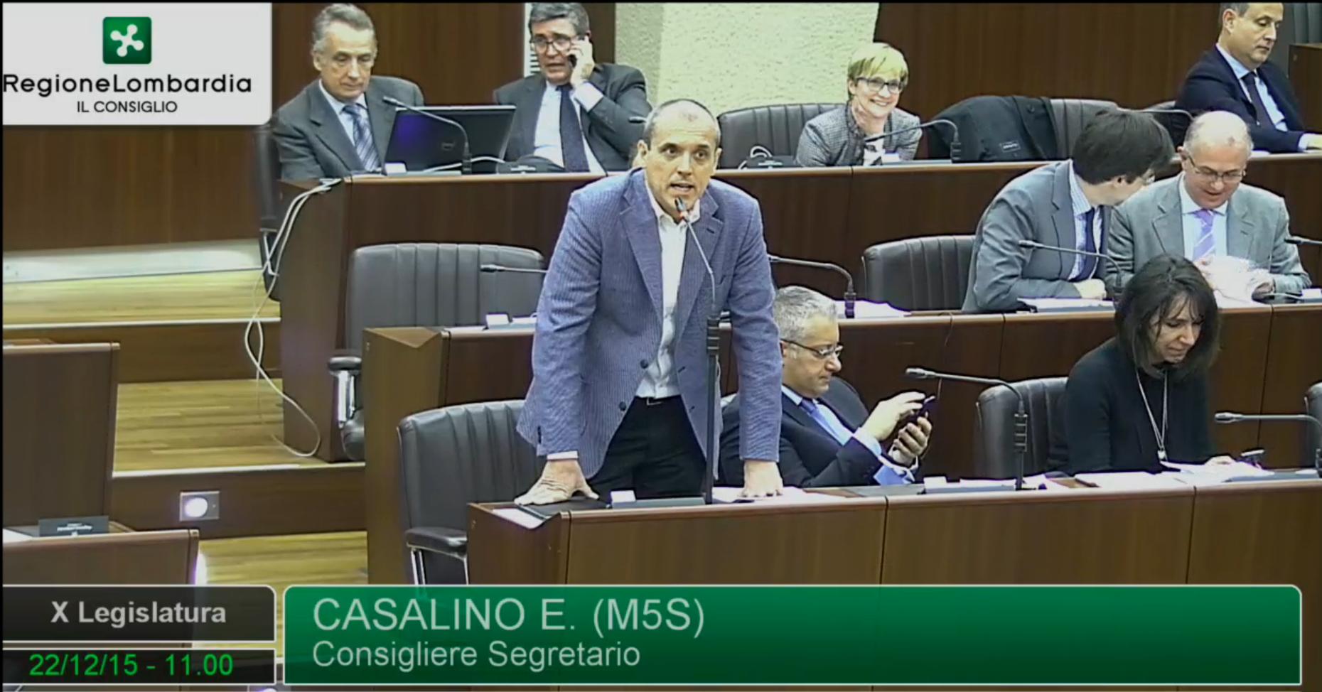 Moschee, Casalino (M5S): ostinazione di Maroni è una vergogna per l'istituzione regionale