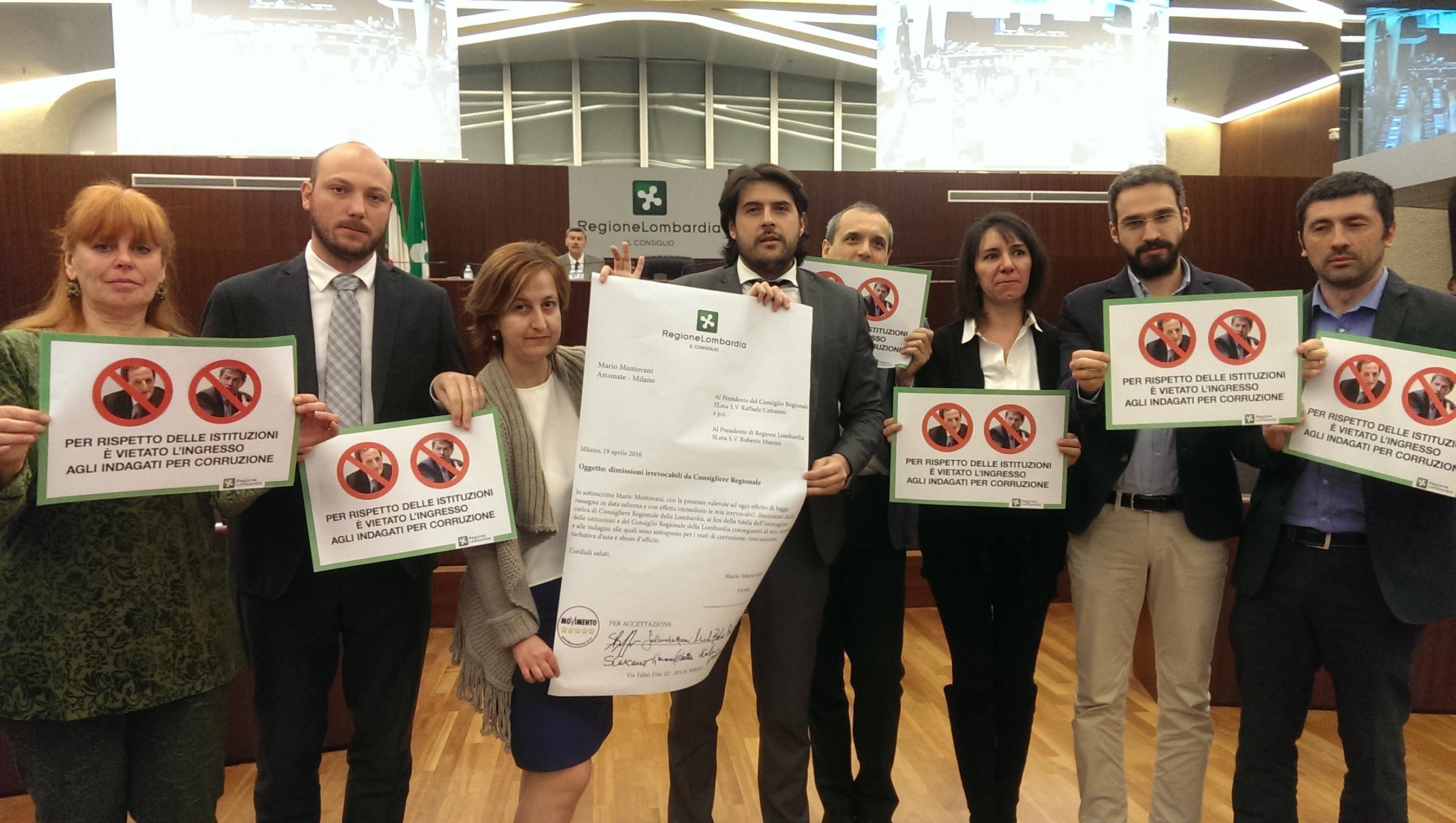 Mantovani deve firmare le sue dimissioni irrevocabili! #MantovaniDimettiti