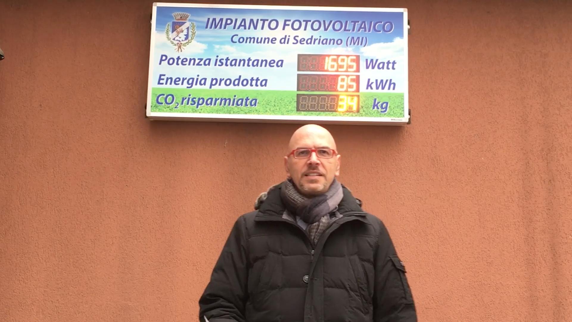"""La """"buona"""" scuola del M5S a Sedriano: impianti fotovoltaici ed energia pulita."""