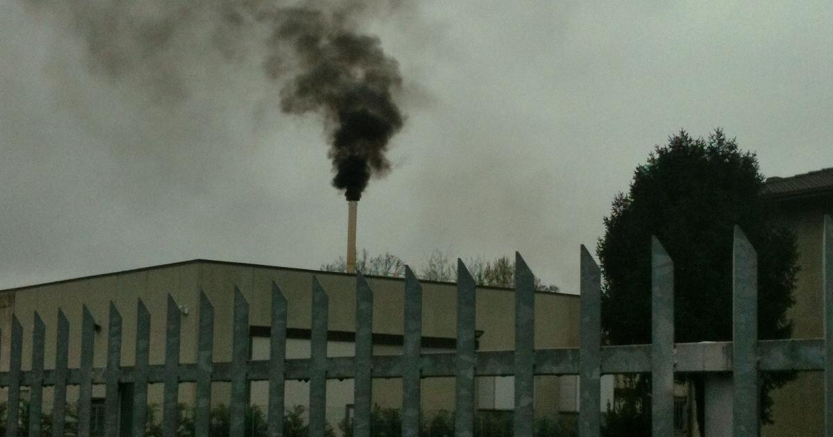 La centrale a olio di Cavernago deve cessare le attività, pronta mozione