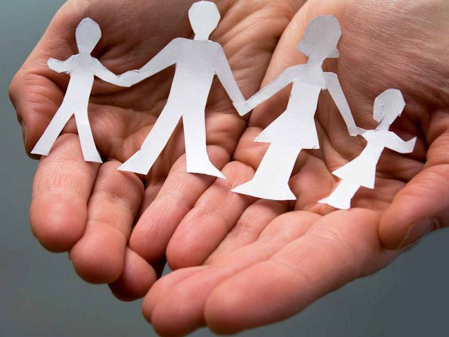 Fattore famiglia: una legge senza senso che toglie fondi alla disabilità