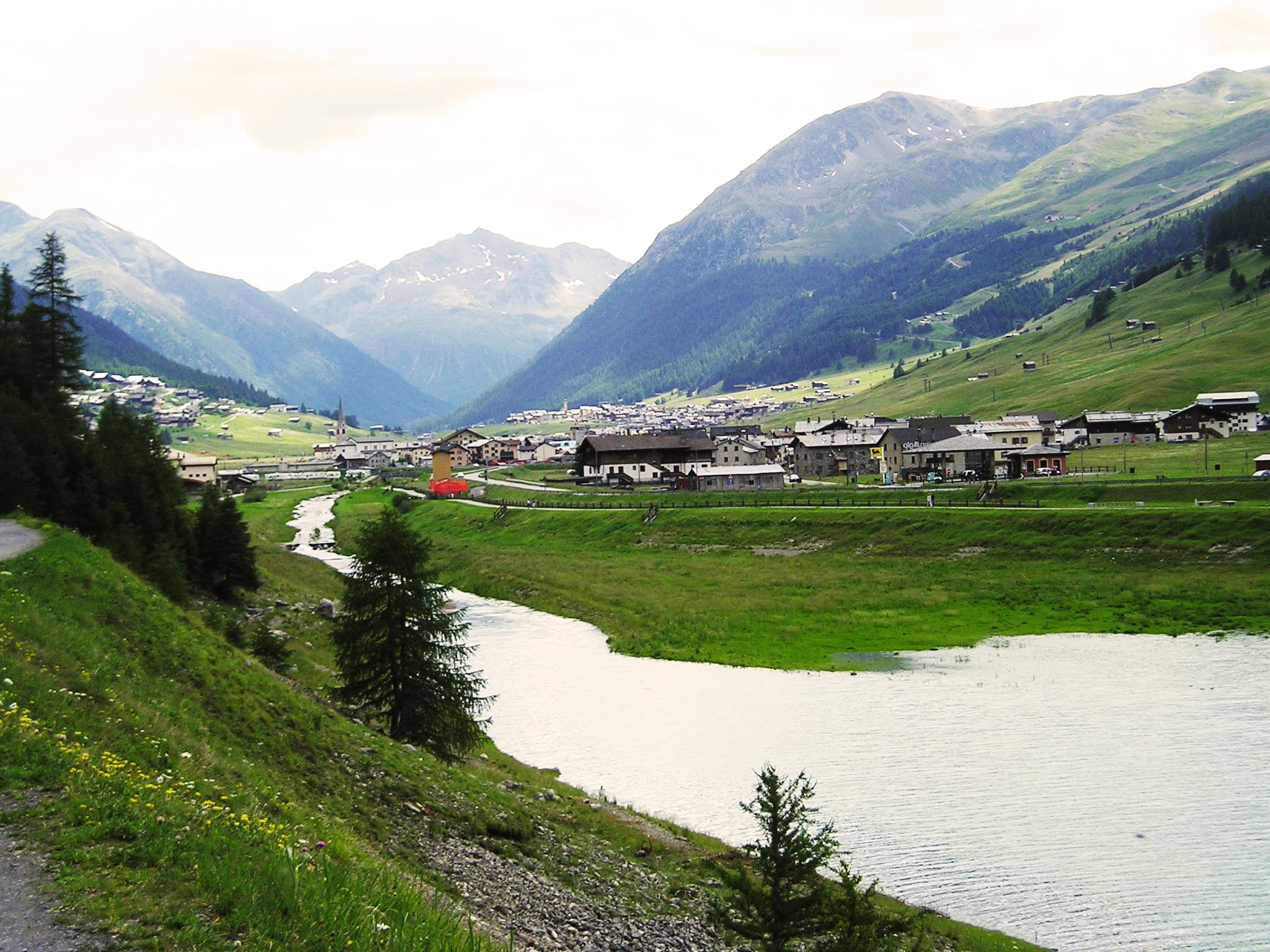 Fiume Spöl, depositato esposto per disastro ambientale.