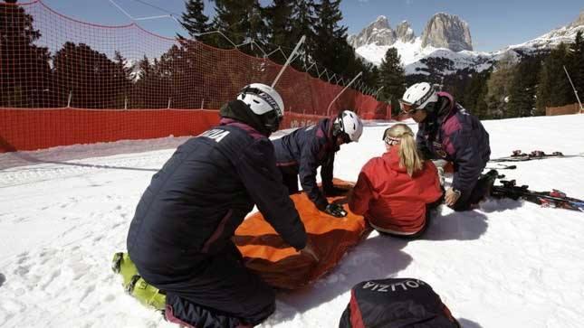 No ai defibrillatori nelle scuole di sci: decisione inaccettabile e sbagliata