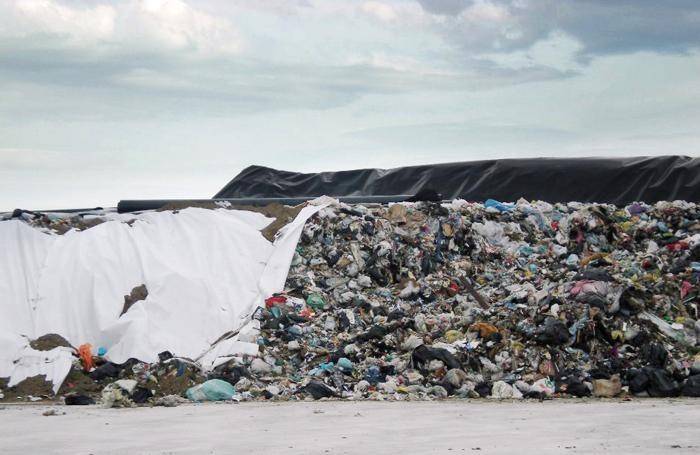 Indagini su traffico illecito rifiuti: M5S chiede controlli straordinari.