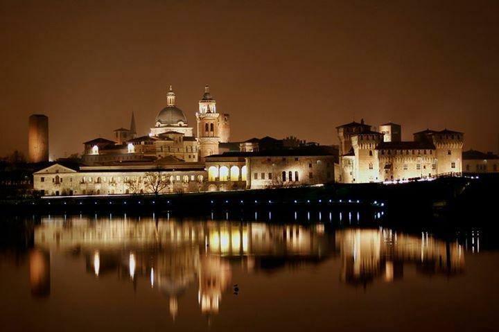Siamo andati a Mantova a parlare con sindaci, cittadini, imprenditori per parlare di sanità, trasporti e impresa!