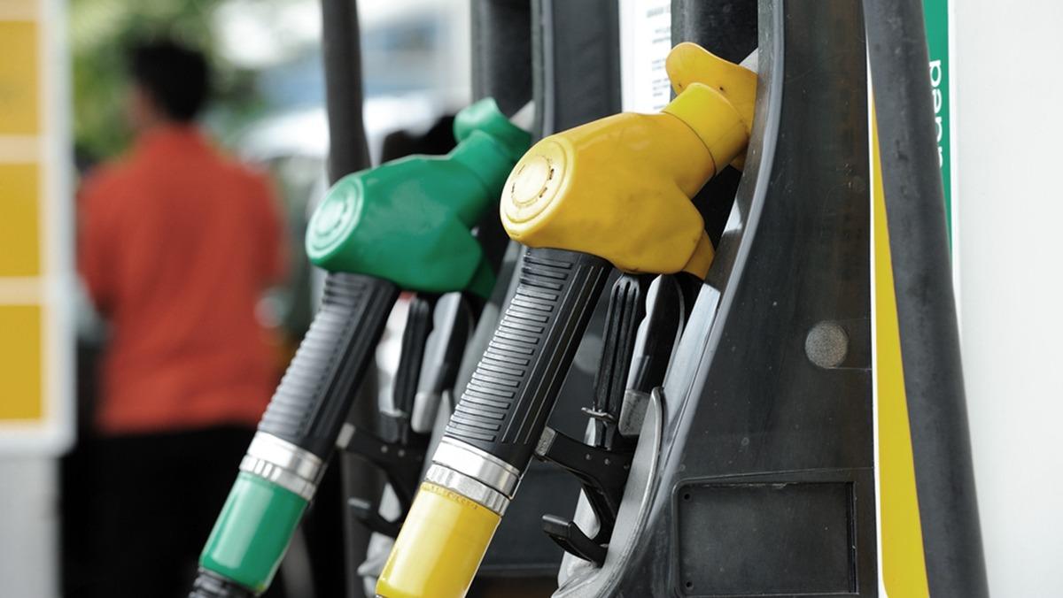 Carta Sconto e caro-benzina, scandalo va affrontato. Valutiamo rimborso.