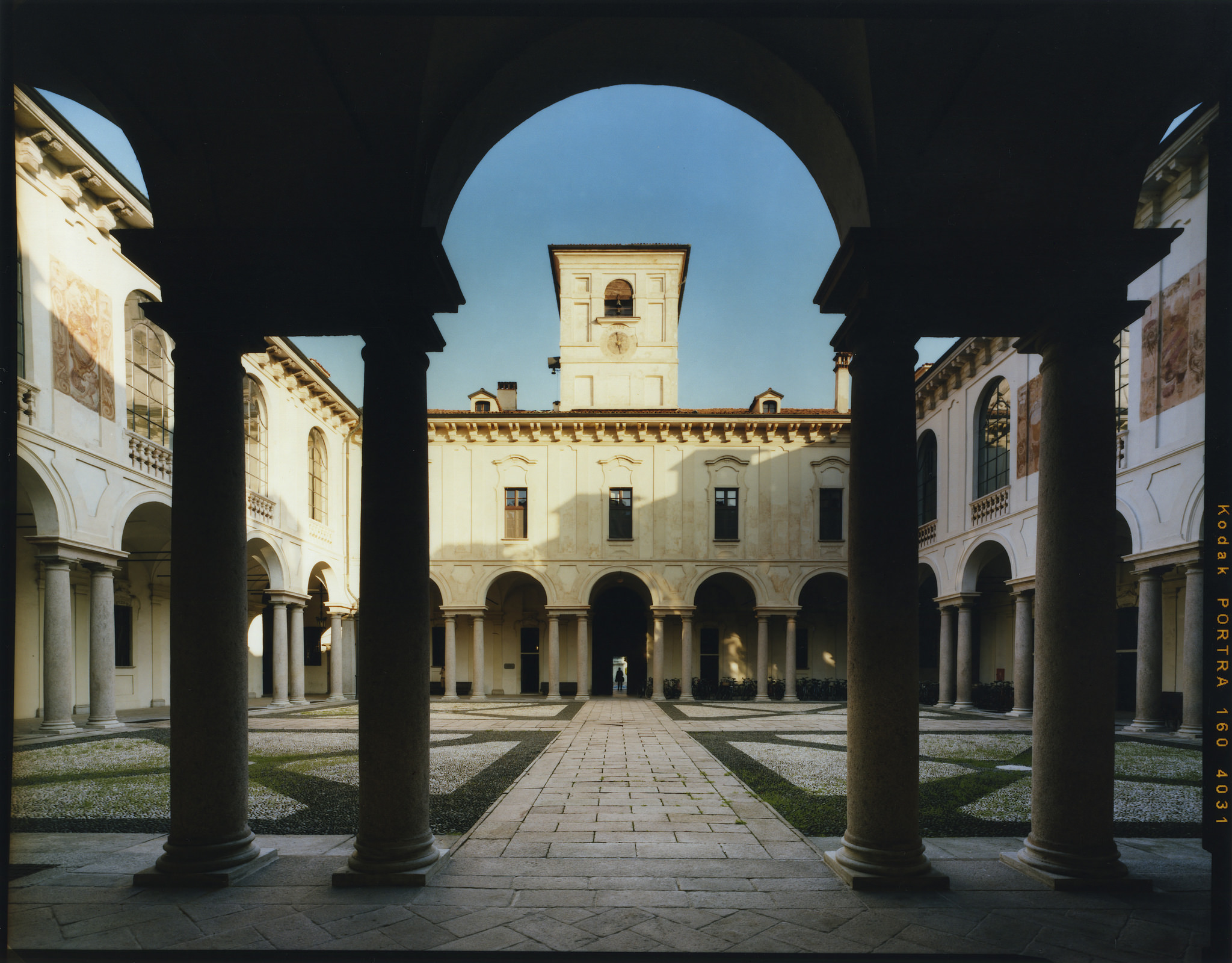 NO ai tagli i tagli all'Università di Pavia annunciati dalla Giunta regionale