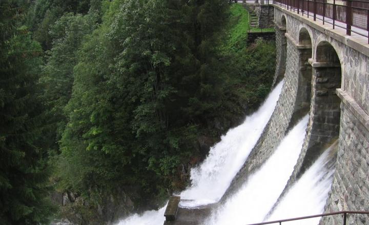 Canoni delle grandi derivazioni idroelettriche rimangano ai territori montani