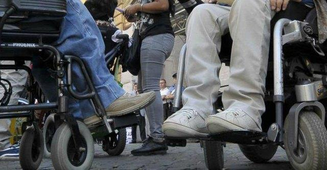 Fondi per riutilizzare vecchie carrozzine per disabili