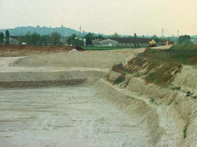 Ex cava Pirossina, manteniamo il divieto di costruire