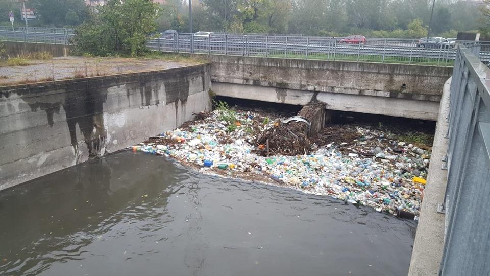 Conca Fallata: spettacolo indecoroso, rimuoviamo i rifiuti