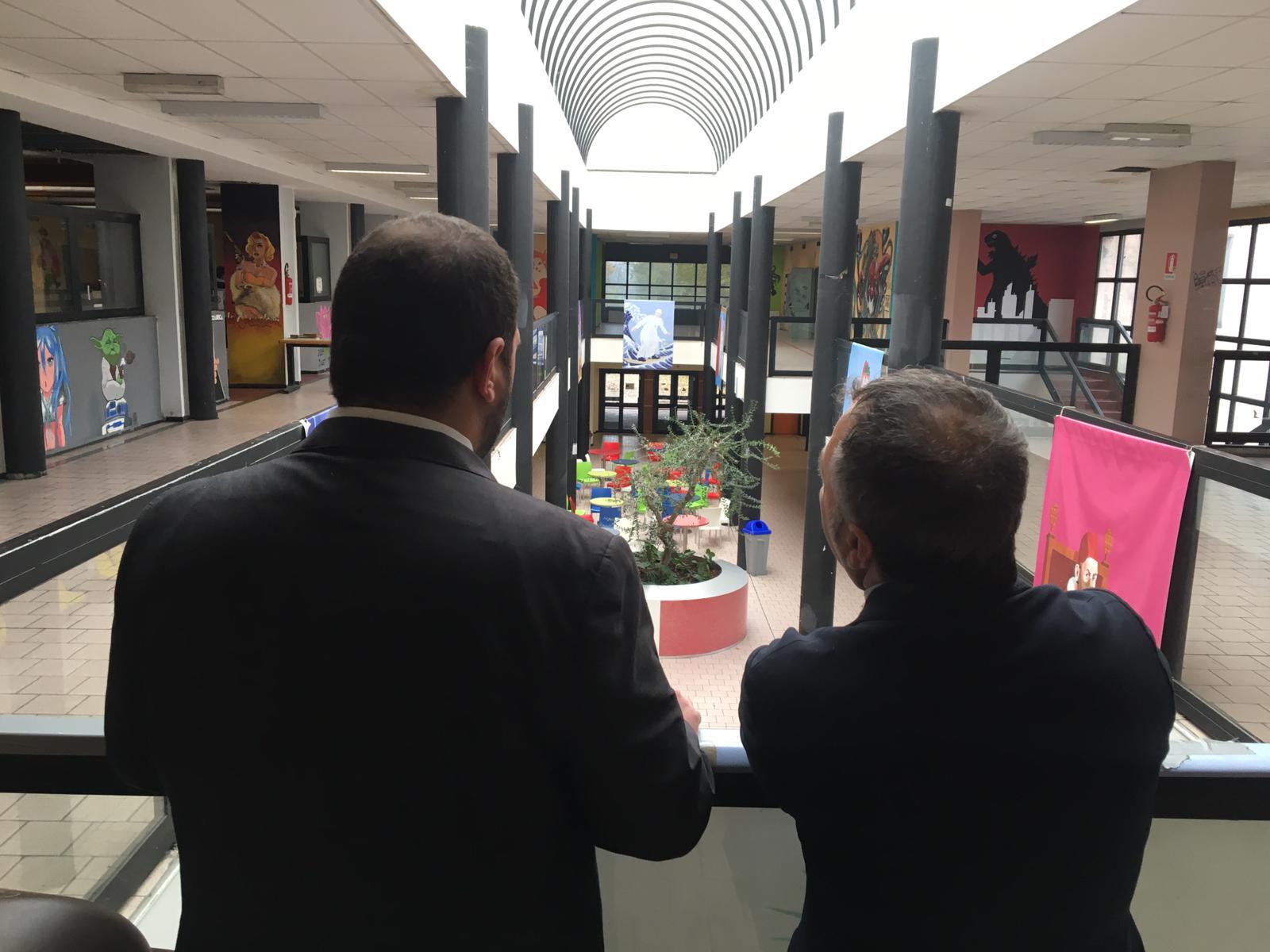 Istituto Itsos Milano, la forza dei ragazzi, in una struttura non adeguata