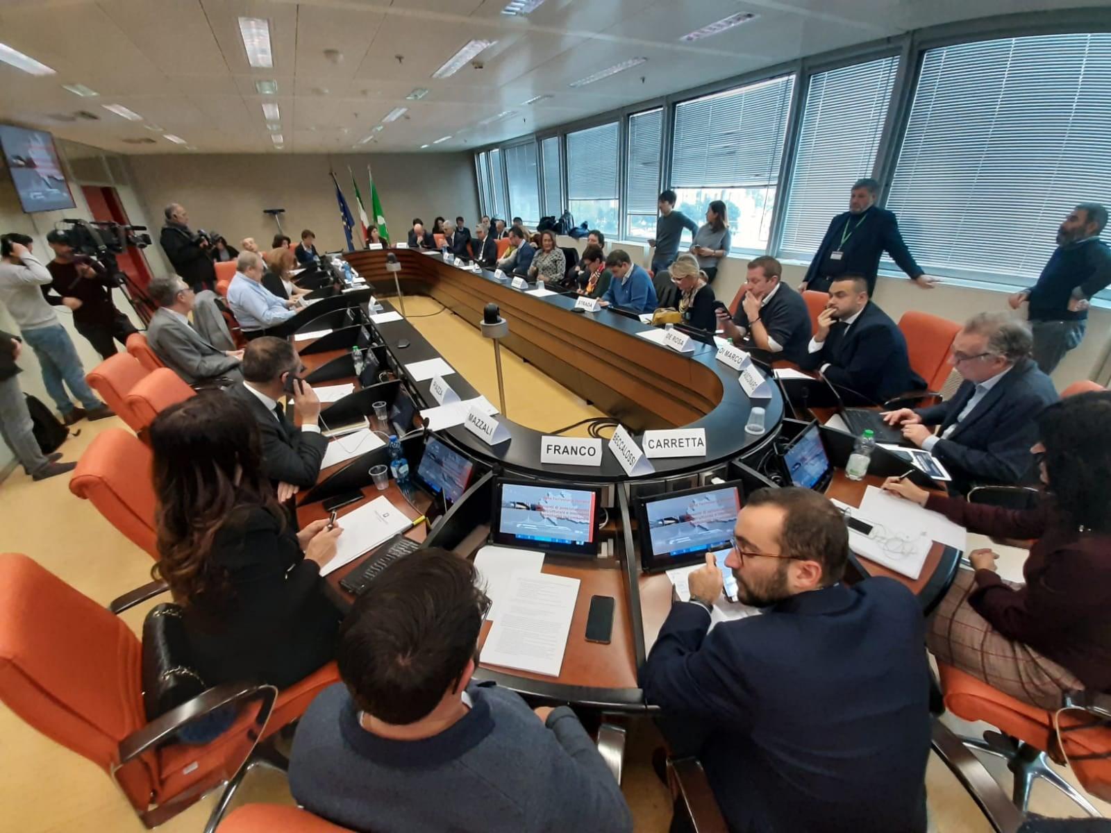 Commissione trasporti: in audizione RFI