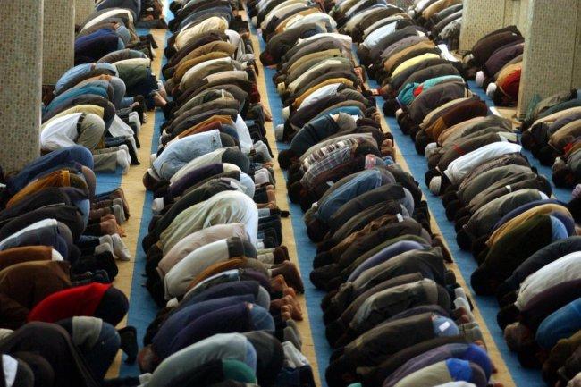 """La legge """"anti-Moschee"""" è anti-costituzionale"""