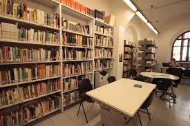 Facciamo lavorare nelle biblioteche chi riceve Il Reddito d.C.